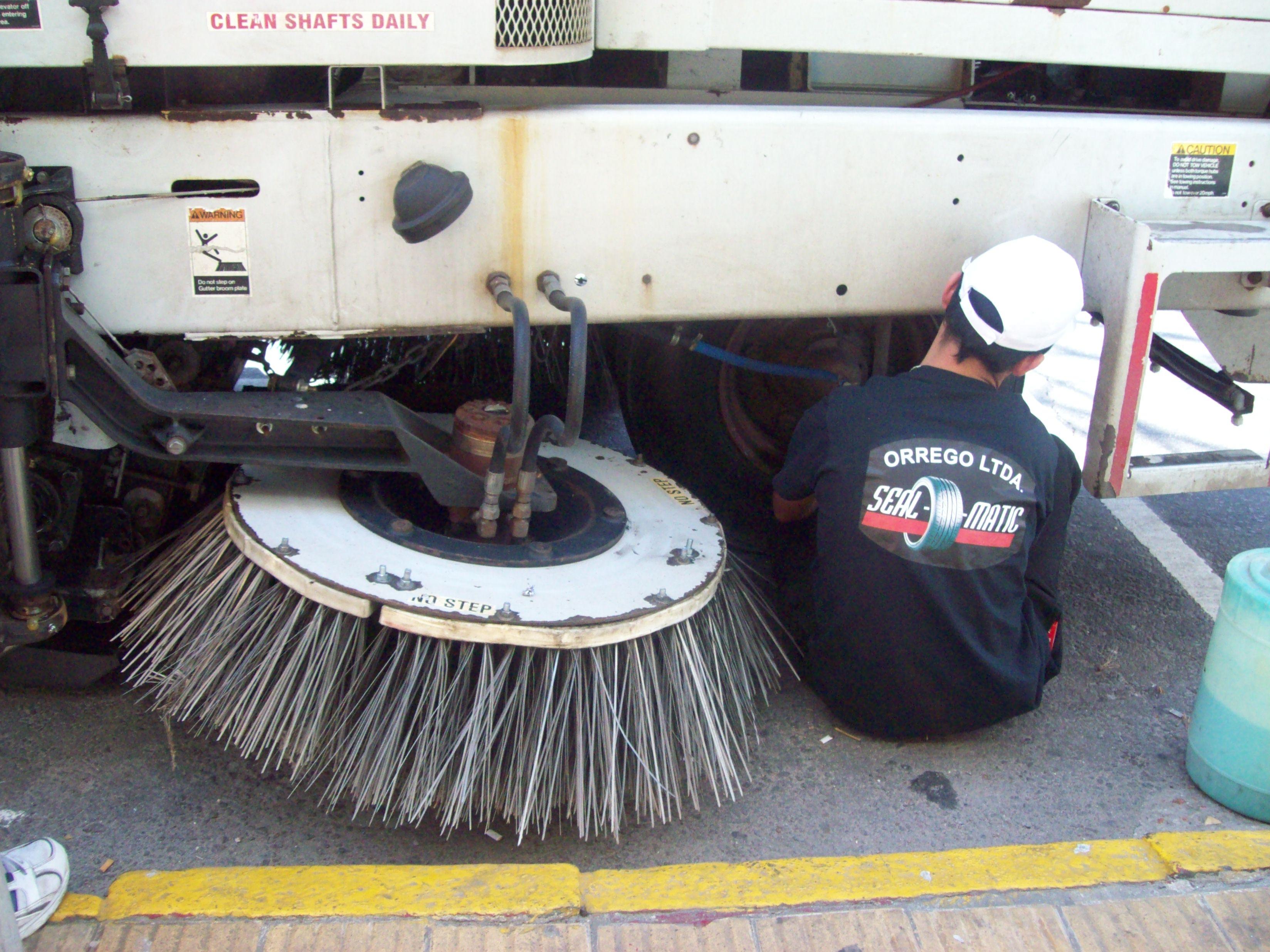 Máquinas barredoras de I.M.M protegidas por Seal-O-Matic 2011